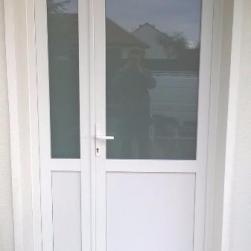 Porte d'entrée PVC blanc