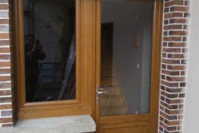 Ensemble fenêtre et porte fenêtre PVC chêne doré
