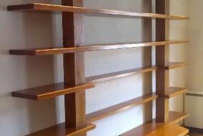 Bibliothèque sur mesure bois massif